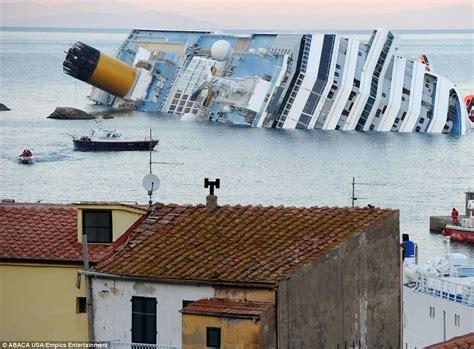 sinking boat icebreaker costa concordia captain francesco schettino facebook