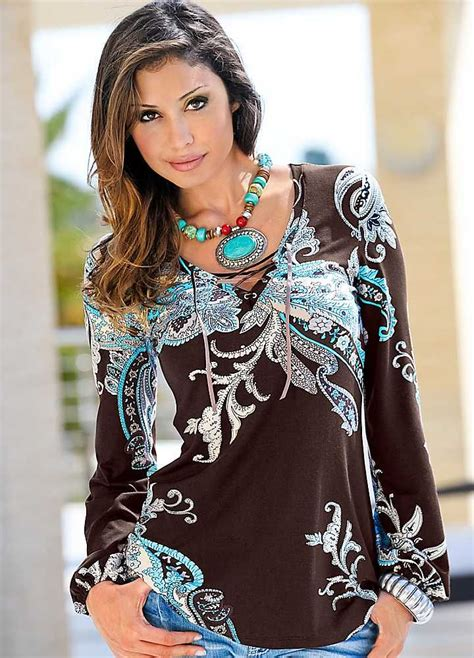 Kirsten Always Has A Fashion Trick Up Sleeve by 25 Best Ideas About Tunic Tops On Tunic