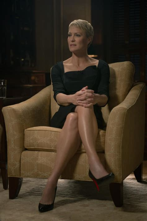 robin wright claire underwood robin wright best robin wright haircut on house of cards the clothes match the character ny