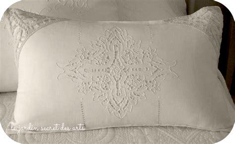 cuscini romantici le jardin secret des arts cuscini romantici per il letto