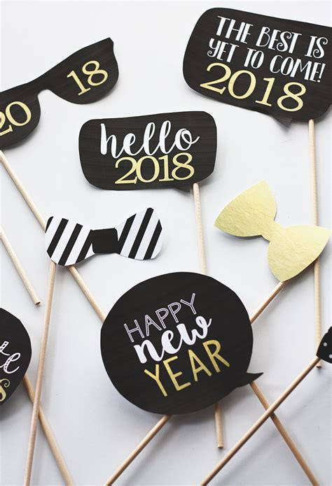 new year photo booth props printable new years photobooth props eighteen25