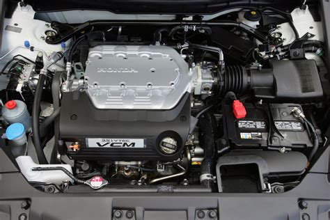 honda accord coupe      engine picture