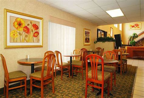 comfort inn paducah hotel comfort suites paducah the best offers with destinia