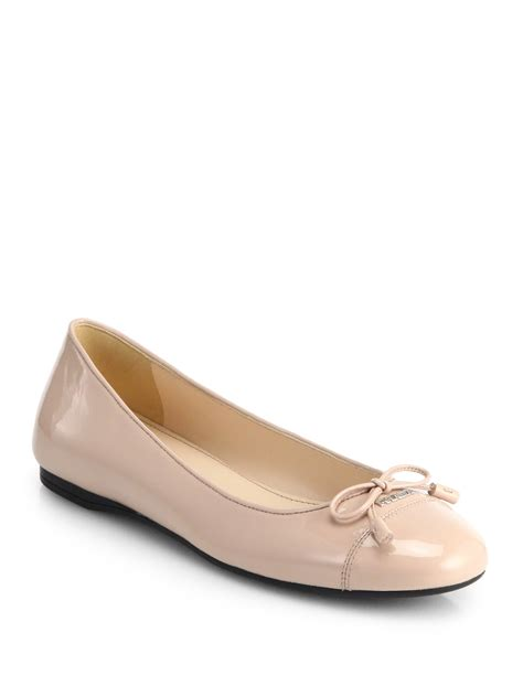 prada flat shoes prada patent leather bow ballet flats in lyst