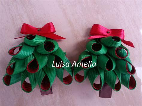 lazos para arbolito ganchos con arbolitos de navidad elaborados con cintas lazos para el pelo