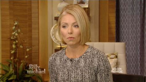 kelly ripa bob tuitorial kelly ripa on neil patrick harris s italian wedding video