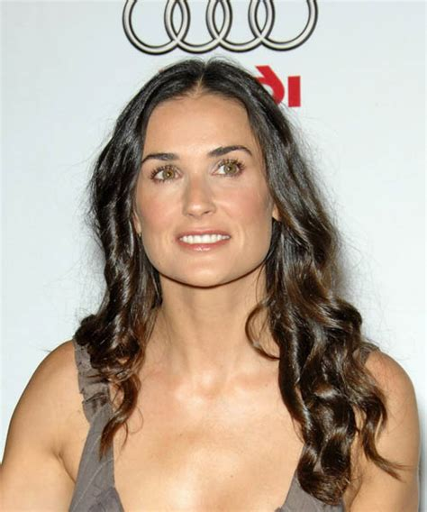 damy moore hair colour at home demi moore long wavy casual hairstyle