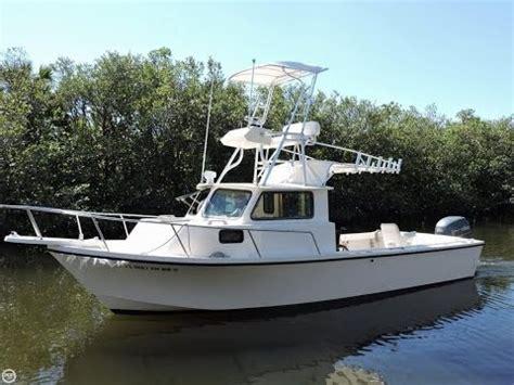parker pilot house 2015 parker boats 2530 extended cabin central marine s funnydog tv