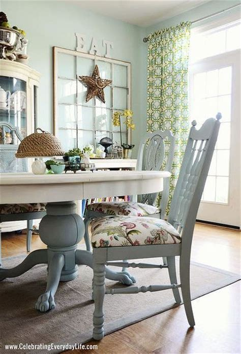 painted dining room tables best 25 chalk paint table ideas on chalk