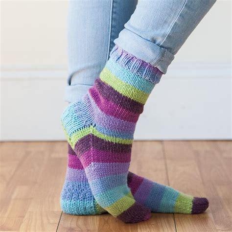 free knitting pattern aran socks accogliente socks free knitting pattern knitting bee