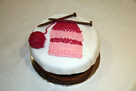 knitted birthday cake pattern my birthday cake the stitch