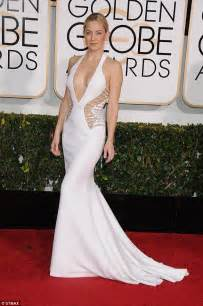 how kate hudson s golden globes gown echoes safety pin