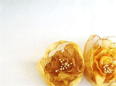 The Golden Accessories For This Fall by Fall Wedding Accessories Hair Bridal Flower Hair