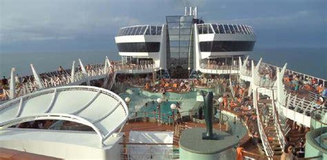 largest cruise ships largest cruise ship pics photos punchaos