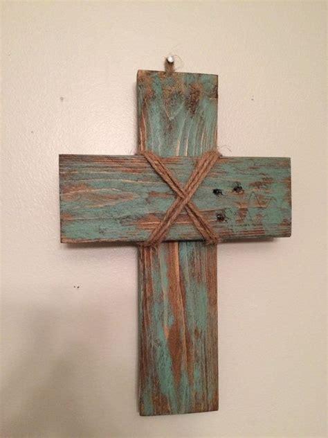 small rustic pallet cross  livingreclaimed  etsy