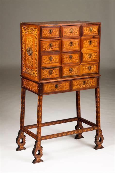 Cabinet Veritas by Auction 70 Lot 42 A 19th Century Cabinet Veritas