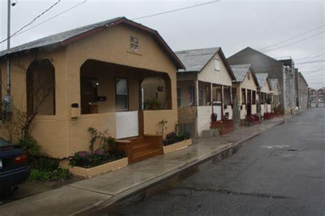 rockaway bungalows far rockaway bungalow historic district