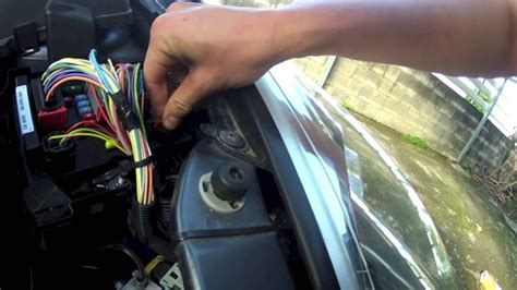peugeot  changer  fusible youtube