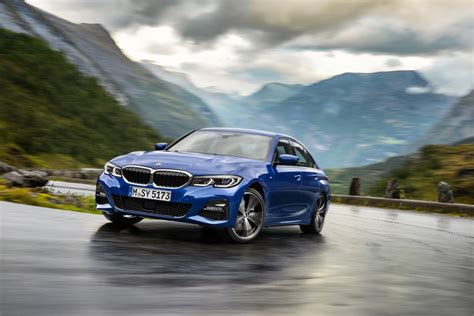 Bmw 3 Series 2019 Key 2019 bmw 3 series doubles down on tech with voice