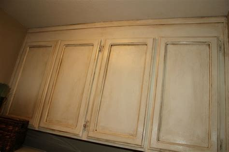 painting over kitchen cabinets annie sloan chalk paint over oak cabinets cabinets in