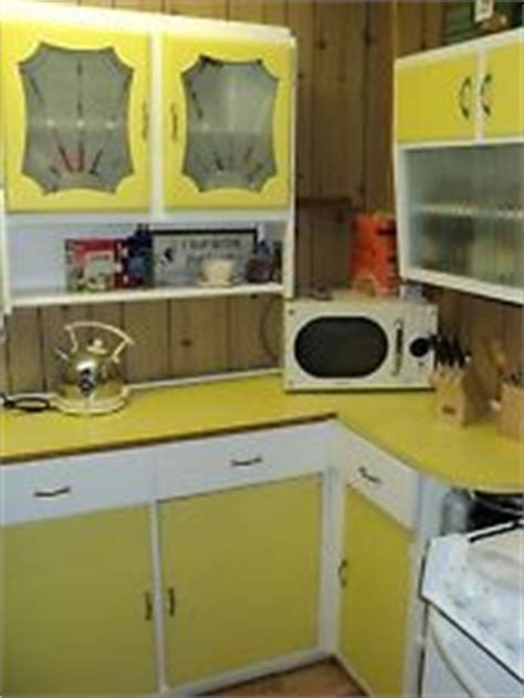 Retro Kitchen Worktops by 1000 Images About Retro Kitchens On 1960s