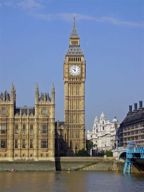 big ben elizabeth tower and big ben to undergo renovations archdaily