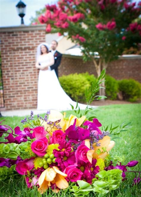 Wedding Cakes Greensboro Nc by Wedding Flowers And Wedding Cake From Blossoms Sweet