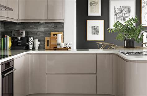 gloss kitchen cabinets gloss cashmere benchmarx kitchens joinery