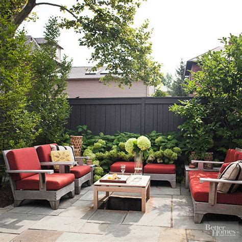 Small Space Patio Furniture 20 Amazing Backyard Living Outdoor Spaces