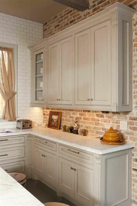 poign馥 de meuble cuisine comment repeindre une cuisine id 233 es en photos