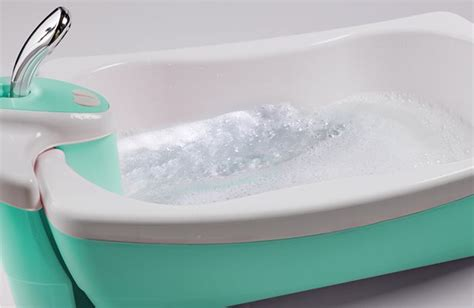 summer bathtub summer infant lil luxuries whirlpool bubbling spa shower