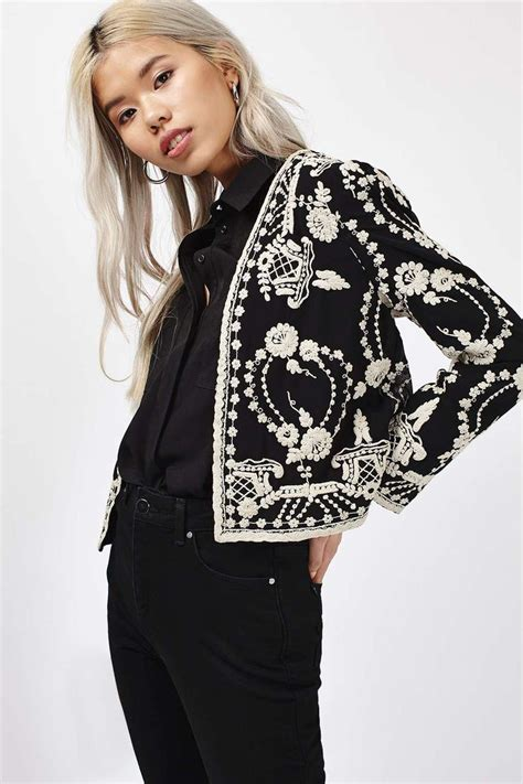 embroidery jacket best 25 embroidered jacket ideas on