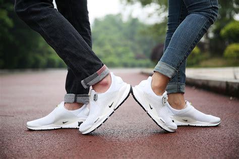 Nike Presto Sneakers Cowok Ini Dia Alasan Kenapa Sepatu Putih Cocok Buat Jadi Pilihan