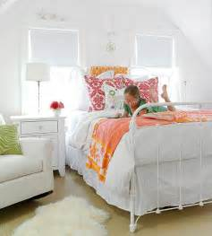 White Bedroom Pop Of Color Decorating Ideas For Bedrooms The White
