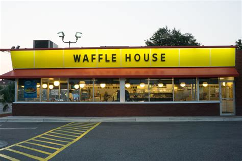 Waffle House Ceo by Ex Waffle House Ceo Tried To Me With Our