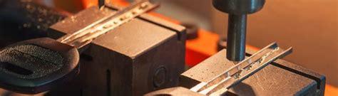 Duplikat Kunci Motor Magnet ahli kunci depok jasa duplikat kunci immobilizer 0858 8311
