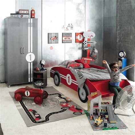 kinderbett auto kinderbett auto rot circuit ideas for boy room