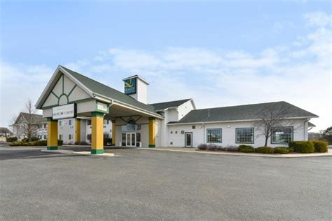 comfort inn stoughton wi quality inn suites of stoughton wi hotel reviews