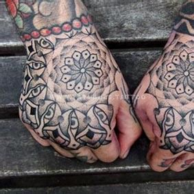 tattoo mandala en la mano tatuajes mandalas para hombres mano pulsera tatuajes tattoo
