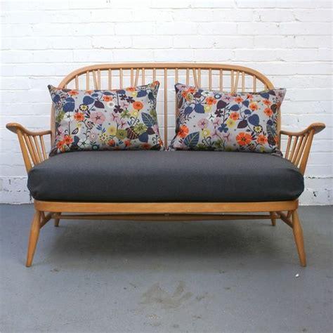 zweisitzer sofa mit ottomane zweisitzer sofa mit einrichten wei hocker eck
