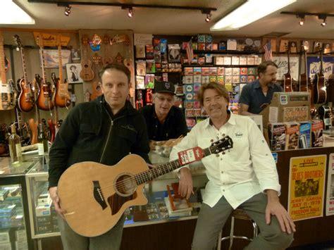 matt umanov road show in new york city one s guitar