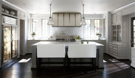 Kitchen Island With Bench Seating Limestone Boxwoods Bench Seating In The Kitchen