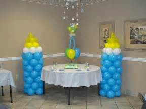 baby shower decor using balloons 32a baby bottle