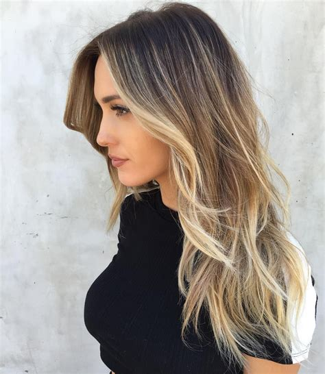 hightlight in stip of front foilyage ist der neue haar highlighting trend grazia
