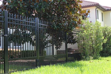 high quality pet fencing  protect  pet  fence depot