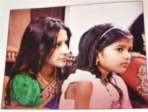 Actor Vijay Daughter Recent Photos | tamil actor actress photoshoot stills unseen family photos