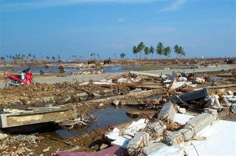 Hukum Kepailitan Oleh Sunarmi dari kung tsunami di aceh mongabay co id