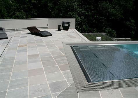 terrasse mit pool terrassen schubert terrassenplatten