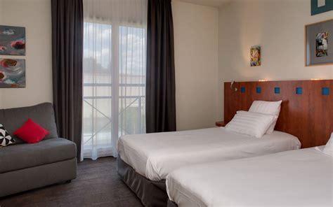chambre deux lits h 244 tel 224 issoire r 233 servez votre suite familiale h 244 tel