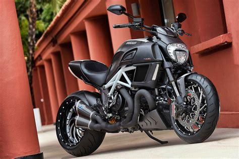 Ducati Diavel Motorrad Online by Ducati Diavel 2014 Test Motorrad Fotos Motorrad Bilder